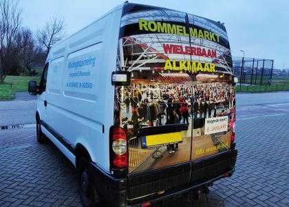 Voertuigreclame Stichting Rommelmarkten Alkmaar Full Color belettering Echo Reclame