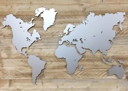 Wereldkaart uitgesneden geanodiseerd aluminium lasersnijden echo reclame egmond aan den hoef